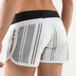 Lululemon Groovy Run Shorts Groovy Stripe